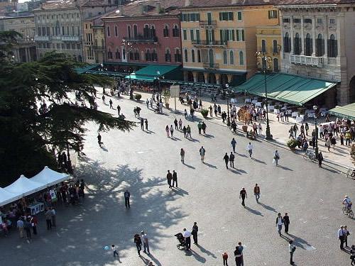 Turismo religioso pellegrini Verona per Pasqua